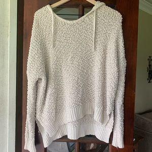 Popcorn knit pullover